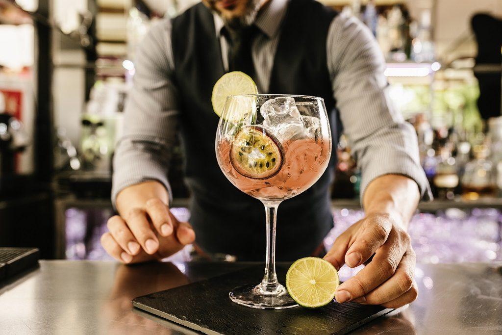 cocktail_barman_bar