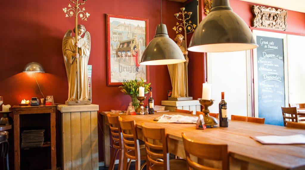 Interieur Grand Café De Biechtstoel Groningen
