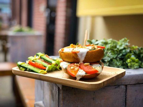 Lunch bij Croissanterie Du Nord Groningen