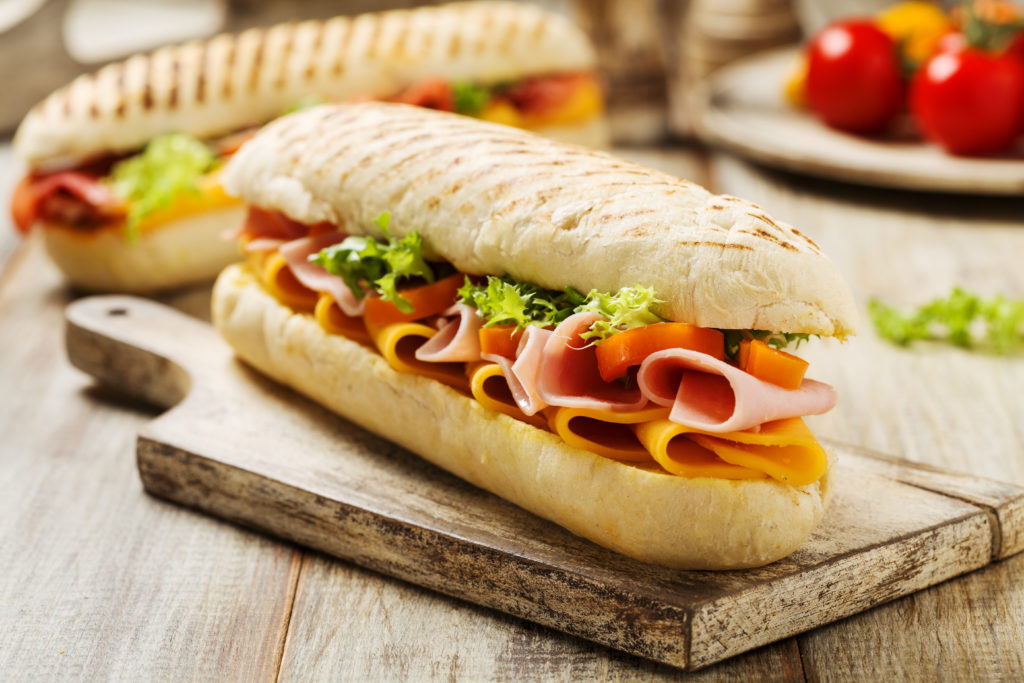 Broodje + frisdrank bij Pizzeria Di Stefano